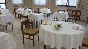 La sala ristorante al termine dell'esercitazione tavoli apparecchiati