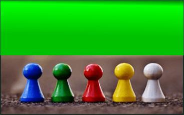 community - pedoni degli scacchi colorati in fila